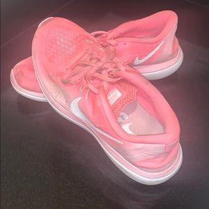 Hot Pink Nike Flex Run